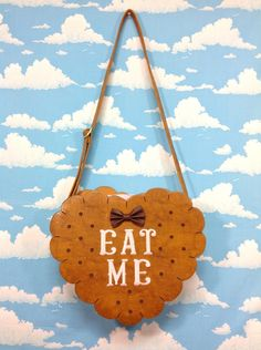 "Biscuit Heart ""EAT ME"" Shouder Bag in Light Brown (Tan) from SWIMMER (B/C) - Lolita Desu"