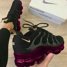 Best Sneakers Fashion Part 33 Sneakers Mode, Cute Sneakers, Best Sneakers, Sneakers Fashion, Nike Fashion, Cute Nike Shoes, Nike Air Shoes, Sneaker Outfits, Nike Outfits
