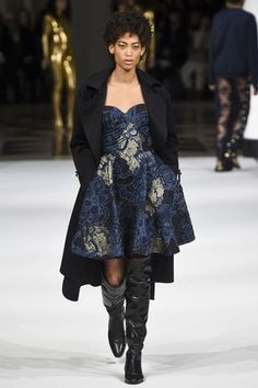 Alexis Mabille Fall 2017 Ready-to-Wear Fashion Show 77809fe3c51