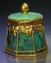 Art Nouvea jewelry - Bolin jeweled amazonite and gold Art Nouveau box - antique jewelry boxes  Amazonite & gold antique box   by Bolin, Court jeweler to the Tsars