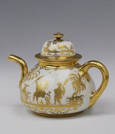 Teapot and Lid  Irminger, J.J. (model); Seuter, Abraham (painting).  Germany, Meissen. Circa 1711-1730	 Porcelain; painted in gold. H. with Lid 14.0 cm, diam. 12.6 cm  The State Hermitage Museum
