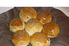 Retete Culinare - Chifle umplute cu ciuperci si branza