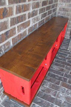 Mais uma vez os caixotes de feira sendo usados na decoração!