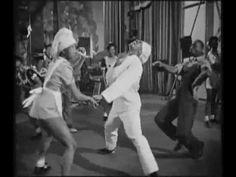 Hellzapoppin' (1941) - Slim Gaillard & Slam Stewart - The Harlem Congeroos.avi - YouTube
