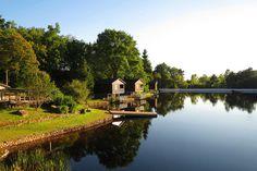 Parenthèses Imaginaires - Dormri dans une cabane lacustre au bord d'un étang