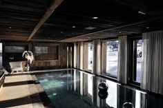 Chalet Brickell guesthouse by Pure Concept Megeve France 13 RUSTIC HOTELS! Chalet Brickell guesthouse by Pure Concept, Megève France Indoor Pools, Alpine Chalet, Ski Chalet, Grand Chalet, Location Chalet, Piscina Interior, Interior Architecture, Interior Design, Water Architecture
