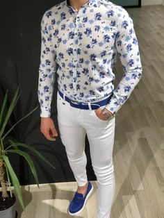 Denoff Slim-Fit Striped Shirt in White Blue Blazer Outfit, Blazer Outfits Men, Stylish Mens Outfits, Camisa Floral, Blue And White Shirt, Formal Men Outfit, Smart Casual Wear, Formal Shirts For Men, Party Shirts