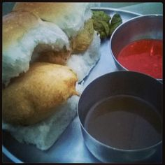 #VadaPav #instafood #instasnacks #Nashik