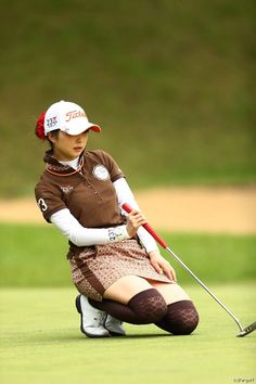 Golf Tips: Golf Clubs: Golf Gifts: Golf Swing Golf Ladies Golf Fashion Golf Rules & Etiquettes Golf Courses: Golf School: Girl Golf Outfit, Cute Golf Outfit, Girls Golf, Ladies Golf, Golf Putting Tips, Golf Photography, Golf Theme, Lpga, Golf Irons