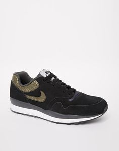 separation shoes 4e782 d495b Nike Air Safari Trainers at asos.com