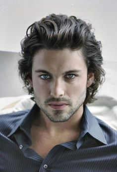 Curly Long Hairstyles For Men Models http://www.99wtf.net/men/mens-fasion/latest-mens-suit-style-fashion-2016/