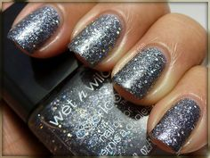 Diamond In The Rough from the Wet n Wild Coloricon Ice Baby collection. Oh yeahhhh baby.