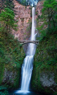 Multnomah Falls from below. #Oregon #waterfall