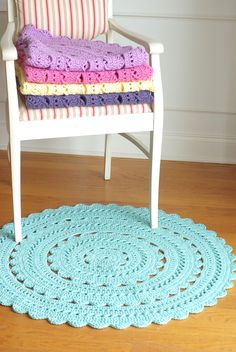 ...Handy Crafter...: New Sara Doily Rugs in Delicious Colors are at Henna's Boutique!