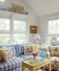White Living Room Photos