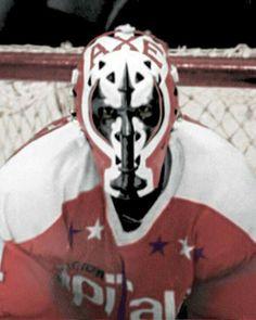 Gary Smith Caps Hockey, Hockey Rules, Hockey Helmet, Ice Hockey Teams, Hockey Goalie, Hockey Players, Hockey Logos, Hockey Stuff, Nhl