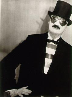 Paul Outerbridge // Self-Portrait (1927)