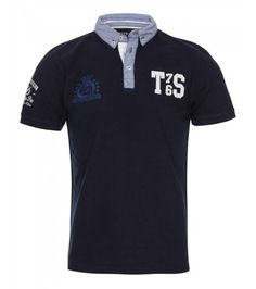 This sporty designed polo features an on-trend contrasting collar and logo design.