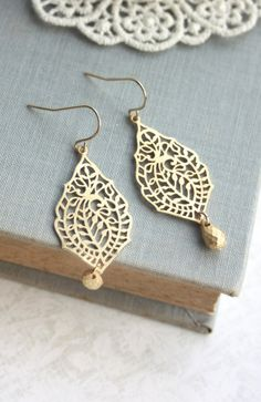 Gold Paisley Filigree Chandelier Gold Drop Dangle - these would be so cute as bridesmaids earrings!