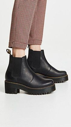 Martens Rometty Chelsea Boots Informal Marriage ceremony Clothes Today, the Church shou Dr Martens Outfit, Doc Martens Style, Doc Martens Boots, Dr Martens Sandals, Dr. Martens, Dr Martens Stiefel, Doc Martens Chelsea Boot, Chelsea Boots Outfit, Galaxy Converse