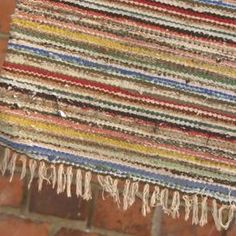 Amish Knot Rag Rug Tutorial 2 Of 2 (YouTube) ~ By SustainableRick. Amish  Knot Rug Also Known As Scandinavian Knot Rug, Blanket Stitch Rag Rug, ...