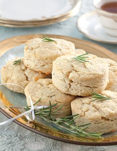 7 of Our Favorite Holiday Scones with Tea Pairings - TeaTime Magazine Tea Time Magazine, Recipe R, Savory Scones, White Cheddar Cheese, Pastry Blender, Salted Butter, Tea Recipes, Blue Moon, Gourmet