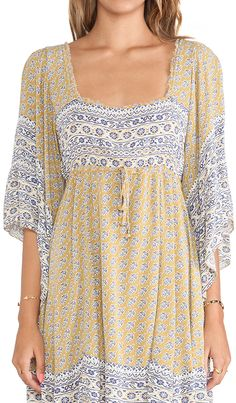 Cute minidress for warm fall days http://rstyle.me/n/p8vndnyg6