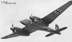 Focke Wulf Fw 187 Falke a German World War Two twin engined fighter that did not enter series production for the Luftwaffe Luftwaffe, Ww2 Aircraft, Military Aircraft, Focke Wulf, Experimental Aircraft, Vintage Airplanes, Commercial Aircraft, Aircraft Design, World War Two