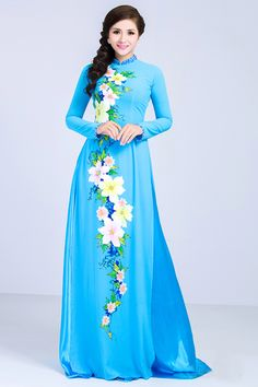 The Ao Dai is a Vietnamese Traditional Garment Vietnamese Traditional Dress, Vietnamese Dress, Traditional Dresses, Ao Dai, Pakistani Dresses, Beautiful Outfits, Bridal Dresses, Party Dress, Fashion Dresses