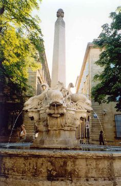 Fountain in Aix-en-Provence France. my apartment was around the corner from this fountain! Aix En Provence, La Provence France, Haute Provence, Visit France, South Of France, Juan Les Pins, Cities, Beautiful Paris, French Countryside