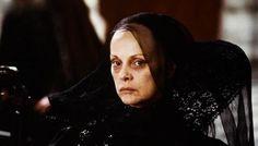 Virna Lisi = Catherine de Médicis dans le film de Chéreau