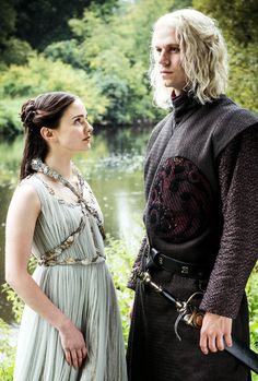 "Rhaegar Targaryen & Lyanna Stark in 7.07 ""The Dragon and the Wolf"" (x)"