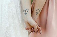 Парные татуировки: много идей http://be-ba-bu.ru/interesno/art/parnye-tatuirovki-mnogo-idej.html
