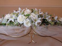 Wedding flowers on arch