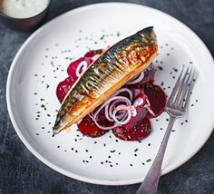 Fresh mackerel is always a winner and grilling gives a deliciously charred quality. Pickled beetroot wedges add an extra tang in this party-perfect, budget-savvy starter good food recipes Bistro Food, Pub Food, Food Food, Bbc Good Food Recipes, Cooking Recipes, Whole30 Recipes, Fish Recipes, Seafood Recipes, Salate Warm
