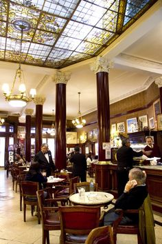 Cafe Tortoni  Avenida de Mayo 825 (CABA)  (Arg)