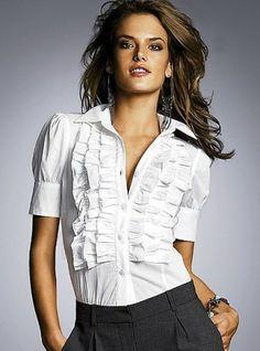 Beyaz bayan gömlek