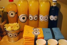 SO SUNNY: Gru, mi minion-fiesta favorita. Despicable me party! Minion Party, Despicable Me Party, Minion Birthday, 6th Birthday Parties, Birthday Party Decorations, Candy Bar Minions, I Party, Party Time, Ideas Para Fiestas