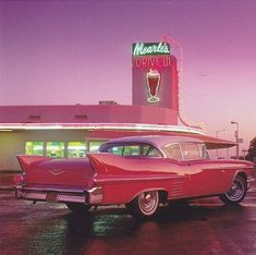 My favorite Cadillac, at my favorite drive-in. - My favorite Cadillac, at my favorite drive-in. Cadillac Rosa, Pink Cadillac, 1959 Cadillac, Carros Retro, Drive In, Pink Drive, Photo Deco, New Retro Wave, Photo Wall Collage