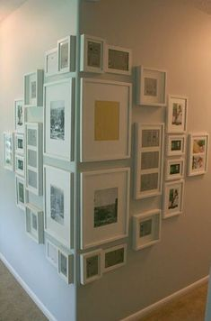 51 Unusual picture frame wall decorating ideas on a budget wall art . - home accessories- 51 Ungewöhnliche Bilderrahmen Wanddekoration Ideen auf ein Budget Wandkunst … – Wohnaccessoires 51 Unusual picture frame wall decorating ideas on … - Interior Design Living Room, Interior Decorating, Budget Decorating, Bookcase Decorating, Sweet Home, Unique Wall Decor, Creative Wall Decor, Wall Decor Design, Home Decor Pictures