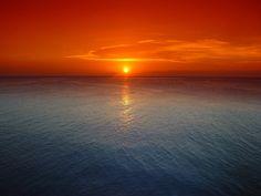 #Karumba Point #Sunset #Caravan #Park Magnificent Sunrises and Sunsets http://wp.me/p3EmEt-Vu