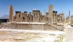 Ruines du palais de Darius à Persépolis