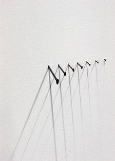 nails & shadows