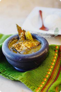 Gulai Daun Ubi Tumbuk-Crushed cassava leaves curry