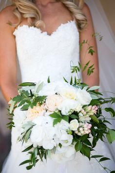 #bouquetPhotography: Sutherland Kovach Studio - sutherlandkovach.comRead More: http://stylemepretty.com/2013/10/16/new-zealand-wedding-from-sutherland-kovach-studio/