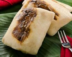 Recipes Oaxacan Tamales with Maseca®. mole tamales are goooood Mexican Chef, Real Mexican Food, Mexican Cooking, Mexican Food Recipes, Ethnic Recipes, Comida Latina, Fresh Fruits And Vegetables, Latin Food, Dinner Rolls