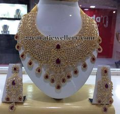 Jewellery Designs: Diamond Look Heavy CZ Bridal Set