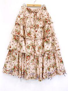 SALE バラの騎士プリントスカート | PINKHOUSE,セール | ピンクハウスウェブショップ Floral, Skirts, Fashion, Gowns, Moda, Fashion Styles, Flowers, Skirt