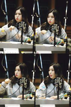 자꾸생각나 - 160331 꿈꾸라 Blue Ombre Hair, Redvelvet Kpop, Red Velvet Irene, Baekhyun, My Girl, Girly, Singer, Actresses, Cute