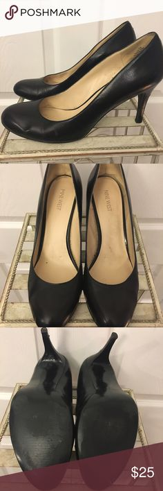 Classic black round toe pumps Classic round toe pumps, black, from Nine West. Not worn more than 4 or 5 times. Nine West Shoes Heels